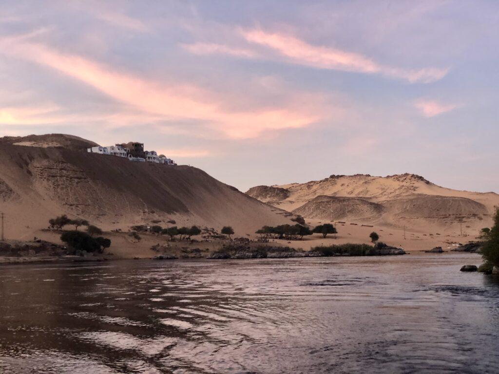 Assuan Dunes